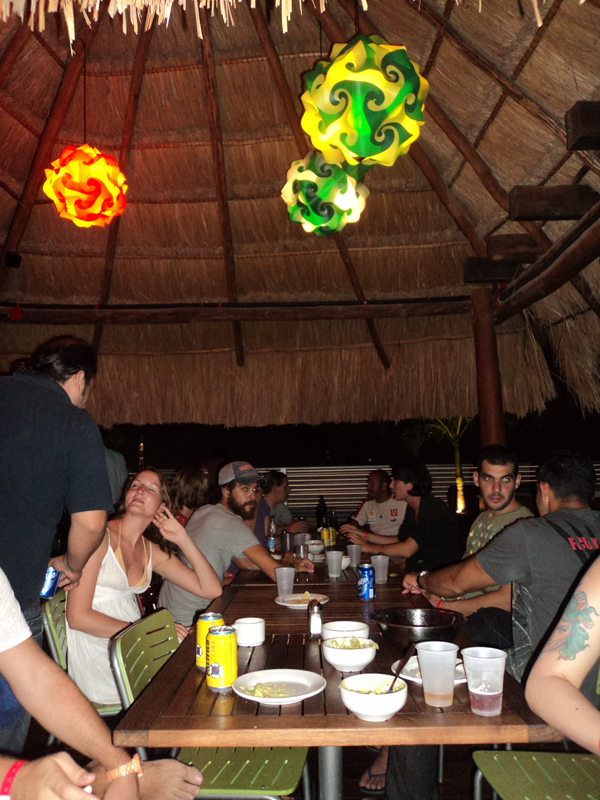 Hostel Mundo Joven Cancun Party
