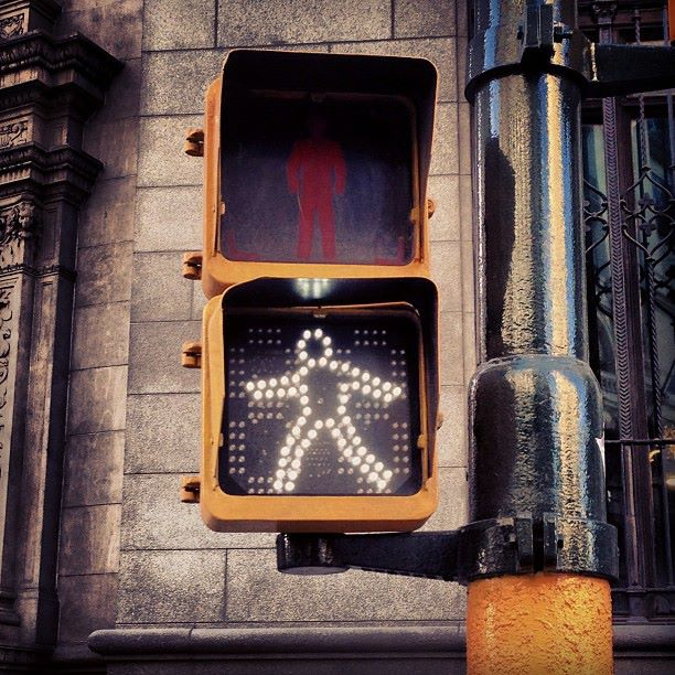 Does this mean I have to dance to cross the street in #buenosaires