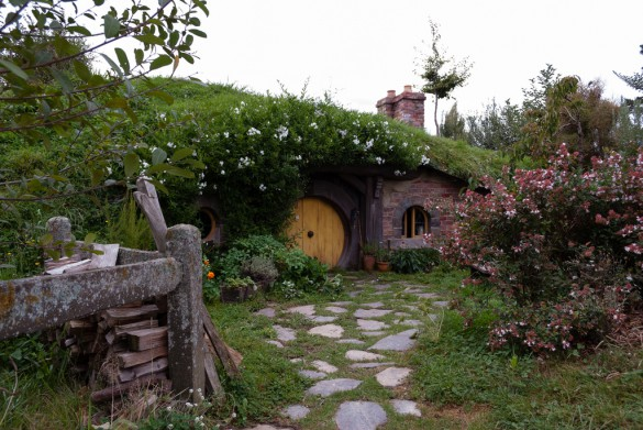 A hobbit hole in Hobbiton