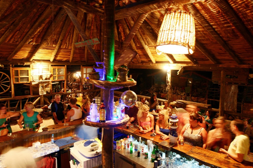 Olympos Kadir's tree top bar