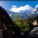 img32001-Chamonix-Mont-Blanc-Hostel-France-exterior-and-mountain