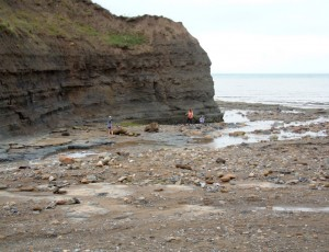 img45404-YHA-Boggle-Hole-Local-Beach