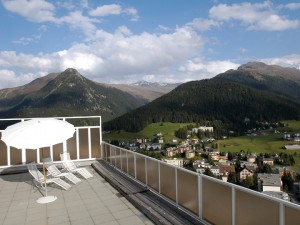 img32118-Davos-Youthpalace-Roof-Terrace