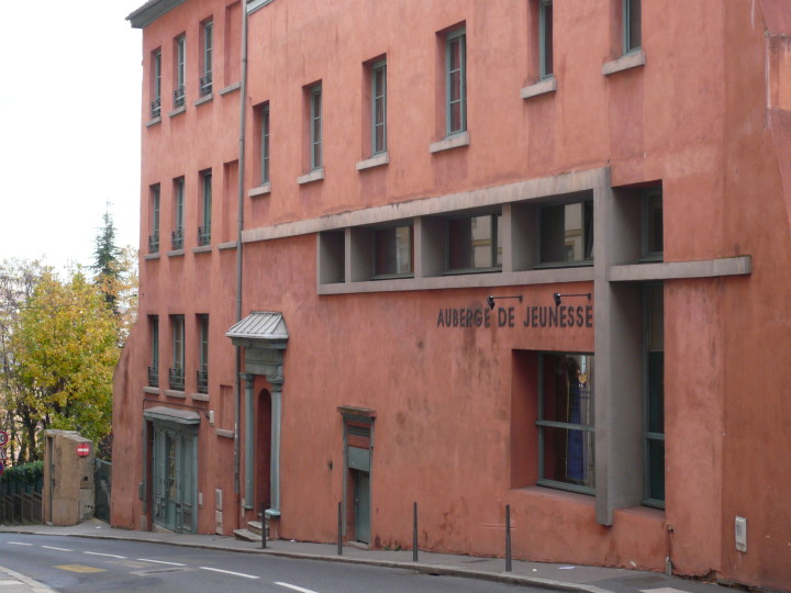 img37672-Exterior-of-the-Lyon-Hostel-in-France