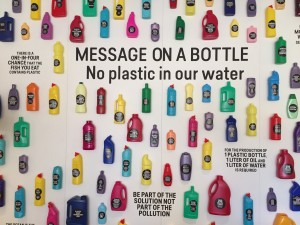 004 - Message on a bottle, no plastic waste in our water