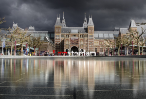 The iamsterdam sign in front of the Rijksmuseum.