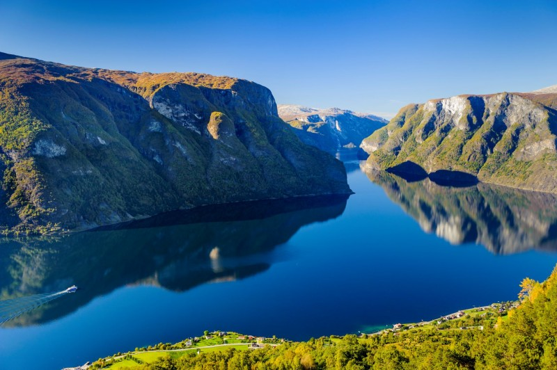 Beautiful scenery of Norwegian Fjords (Provided by Visit Bergen)